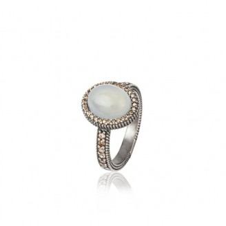 Silver ring, chalcedony and zircons