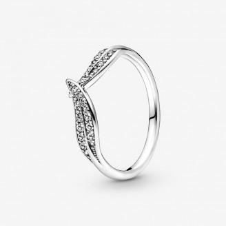 Sparkling Leaves Ring